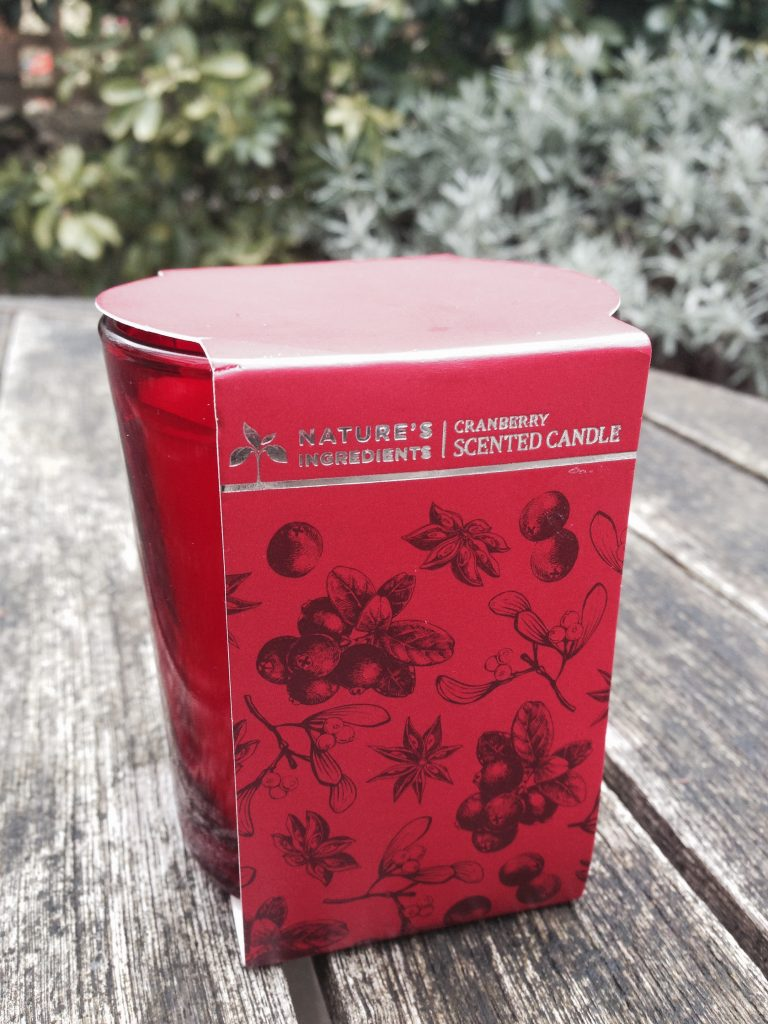 marks-spencer-christmas-scented-candle