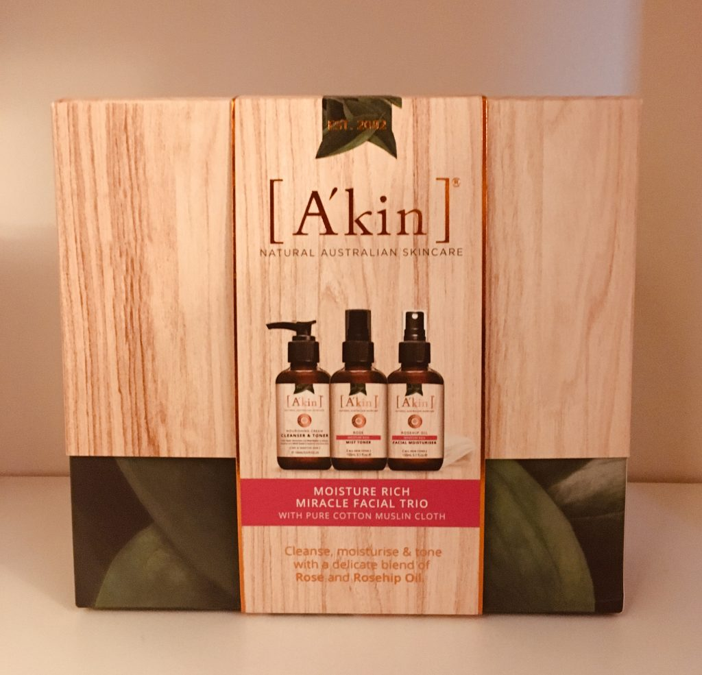 A'kin Moisture Rich Miracle Trio gift set